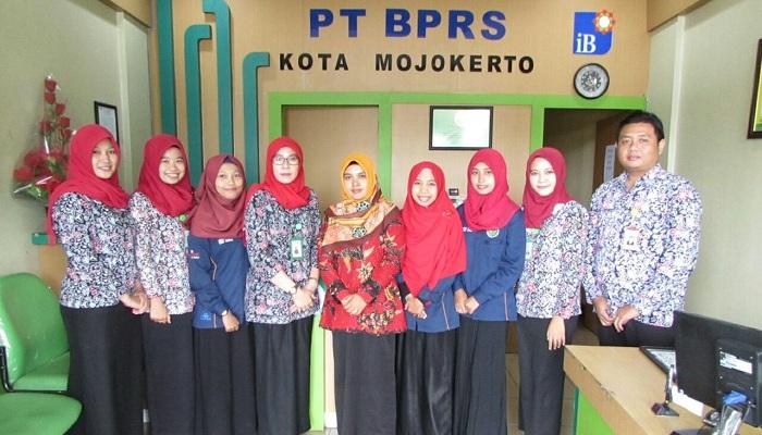 Serunya Penutupan Praktik Kerja Lapangan Program Studi Ekonomi Syariah